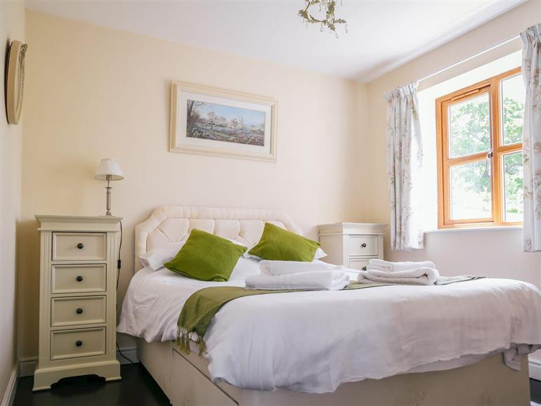 Bedroom in Millmoor Farm - Carters Lodge, Bickley near Malpas