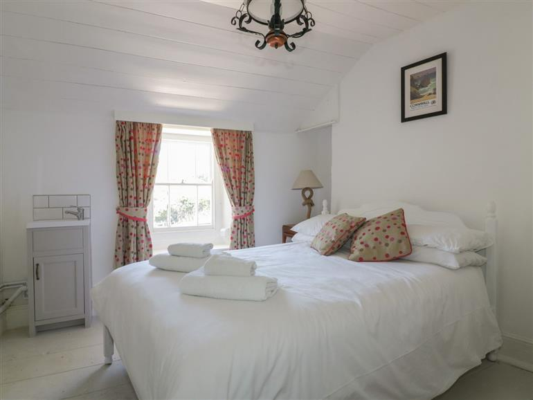 One of the bedrooms at Waves End in Port Isaac