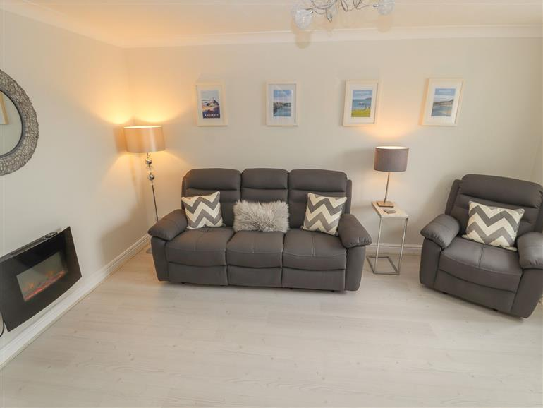 This is the living room at Castle View in Deganwy