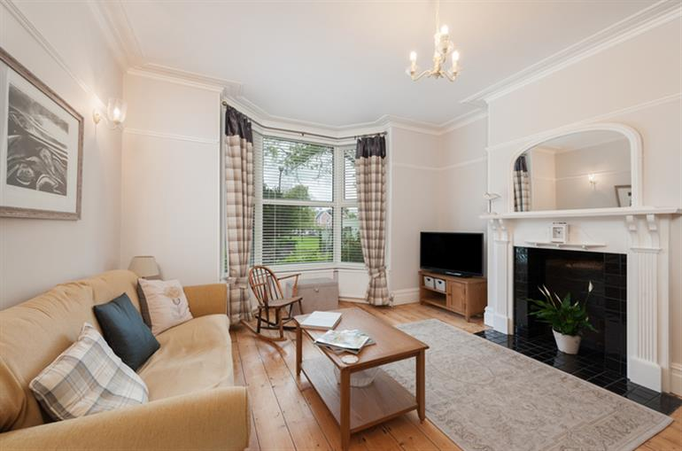 Living room in Babbacombe Bay House, Torquay