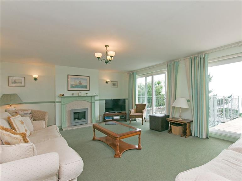 Living room in Courtenay Villa, Salcombe
