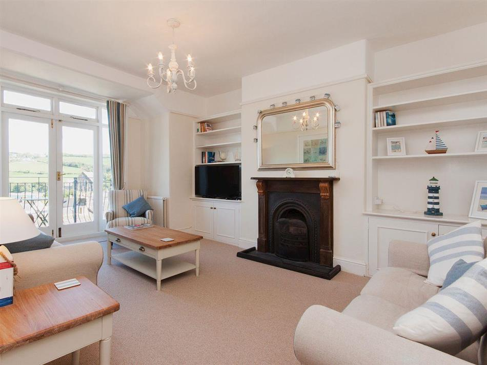 Living room in Estuary View, 8A Devon Road, Salcombe