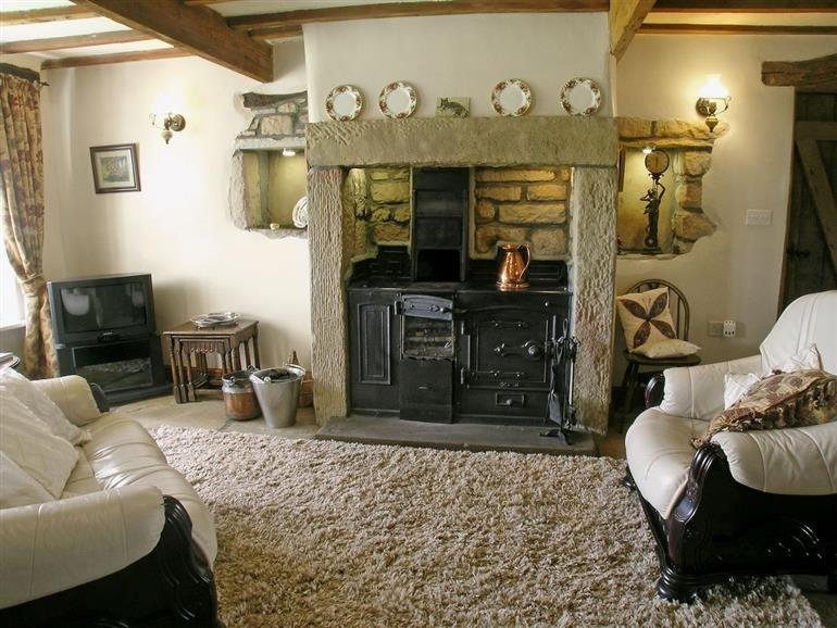 Living room in Far View Cottage, Nr Haworth  Airedale
