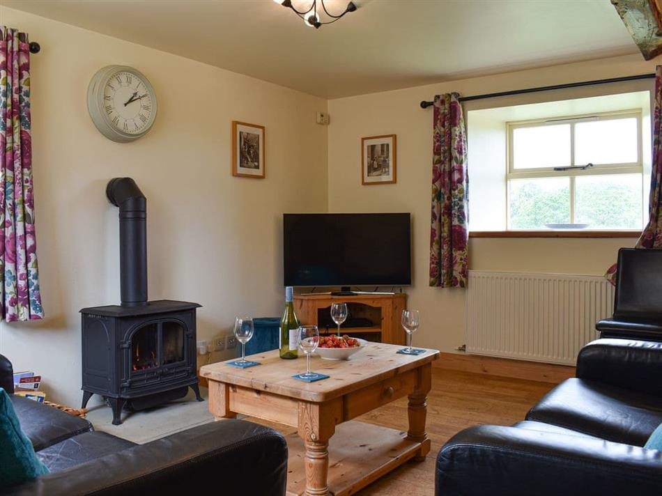 Living room in Heyburn Beck Farm - The Mistal, Cloughton, near Scarborough