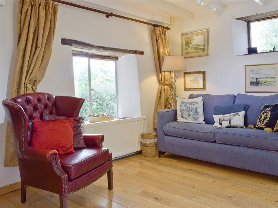 Living room in Oldcastle Cottages - Lovers Cottage, Colwall near Great Malvern