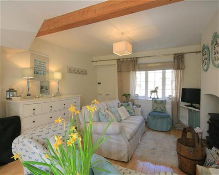 Living room in Wagtail Cottage, Islip