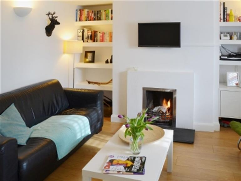 Living room in Waves Cottage, Newquay