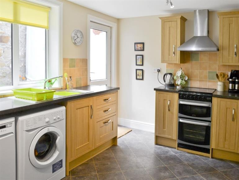 The kitchen in Rosehip Cottage, Alnwick