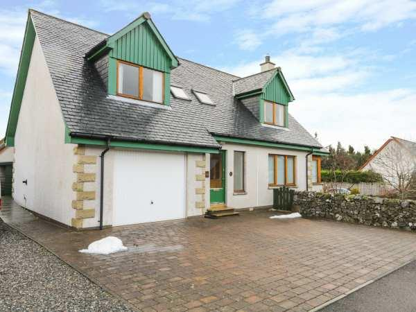 12 Loch Na Leoba Road, Inverness-Shire