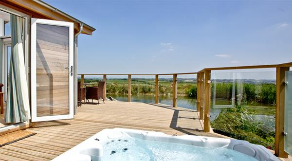 14 Faraway Fields, Southern Halt, Liskeard with hot tub