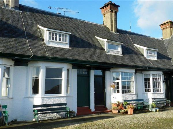 6 Hamilton Terrace, Lamlash, Isle of Arran - Isle Of Arran