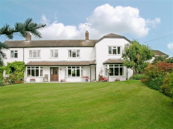 Abbotts Ball Farm Cottage, Potterne, nr. Devizes, Wiltshire
