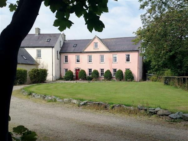Ballymagyr Castle Holiday Cottages - Cottage 3, Killag, nr. Kilmore Quay, Co. Wexford, Ireland