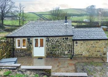 Beckside Cottage, Cowling, Skipton with hot tub