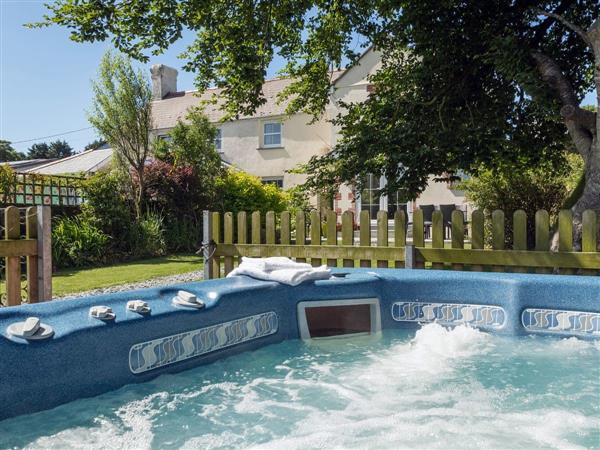 Beech House, Holsworthy, Devon with hot tub