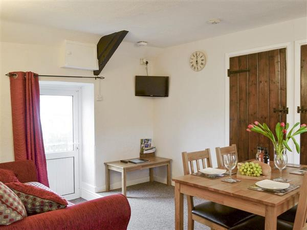 Castell Howell Cottages - The Byre, Pontsian, near New Quay, Cardigan/Ceredigion, Dyfed