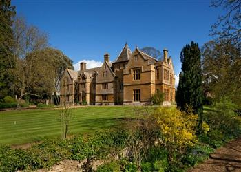 Clendon Manor, Northamptonshire
