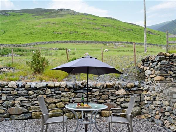 Doddick Farm Cottages - Derwent Dale Cottage, Threlkeld, near Keswick, Cumbria with hot tub