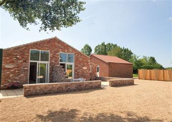 Farriers Cottage, Boston, Lincolnshire with hot tub