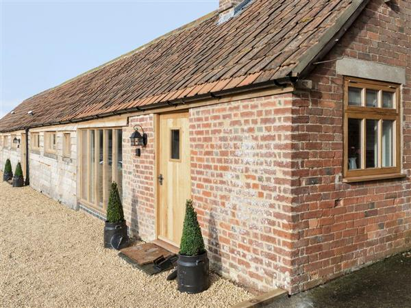 Foxham Farmhouse Holiday Cottages - Willow Cottage, Wiltshire