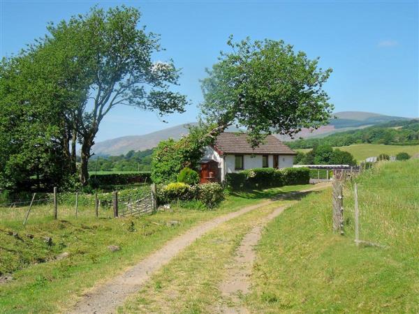 Gean Cottage (Ref : W43128) in Rumbling Bridge, nr  Kinross