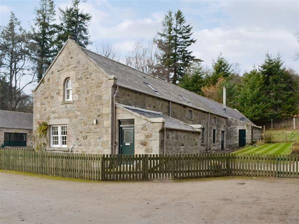 Glenkindie Estate Holiday Cottages - Home Farm Cottage, Glenkindie, near Alford, Aberdeenshire