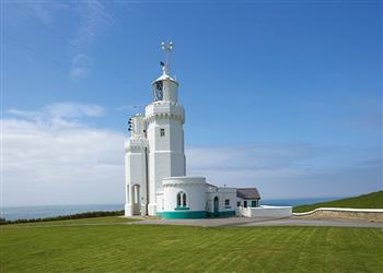 Gurnard Cottage, St Catherines Lighthouse - Isle of Wight