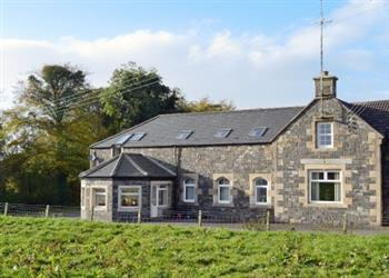 Home Farm, Stranraer, Wigtownshire with hot tub