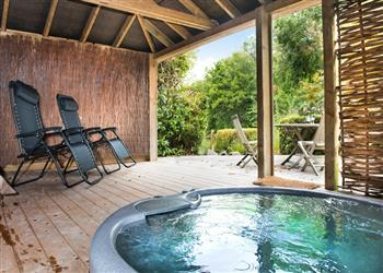 Ivy Apartment, Bovey Tracey with hot tub