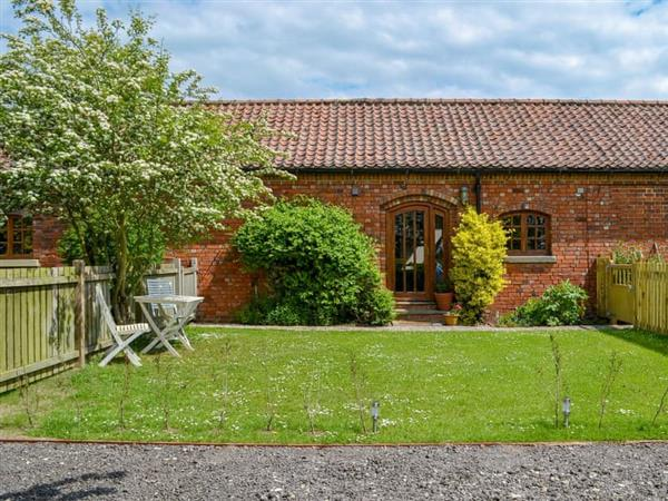 Manor Farm Stables - Till Barn, Broxholme, near Lincoln, Lincolnshire