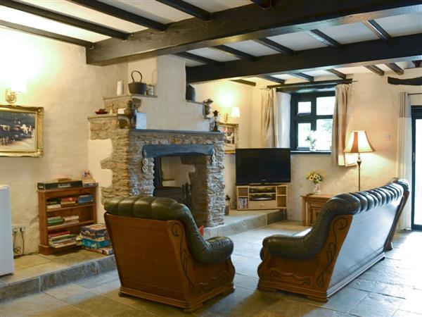 Middle Cowley Farm Cottages - The Carriage House, Parracombe, near Ilfracombe, Devon with hot tub