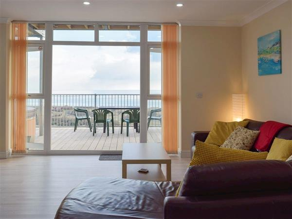 Pendine Manor Apartments - Sea Fairer, Pendine, near Laugharne, Carmarthenshire, Dyfed with hot tub