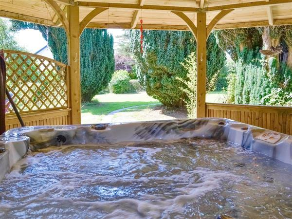 Pickpocket Hall, Pantasaph, near Holywell, North Wales Borders, Clwyd with hot tub