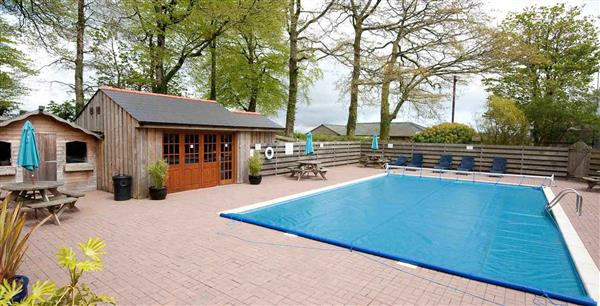 Porthallow Cottage, Falmouth, South West Cornwall with hot tub