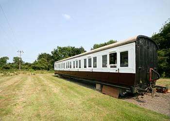 Railway Carriage Two, Brockford, nr. Stowmarket, Suffolk with hot tub