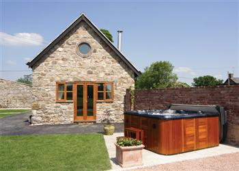 Rose Cottage, Oswestry, Shropshire with hot tub