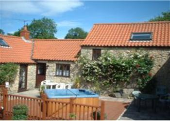 Sands Farm Cottages - Jasmine Cottage, Pickering, North Yorkshire with hot tub