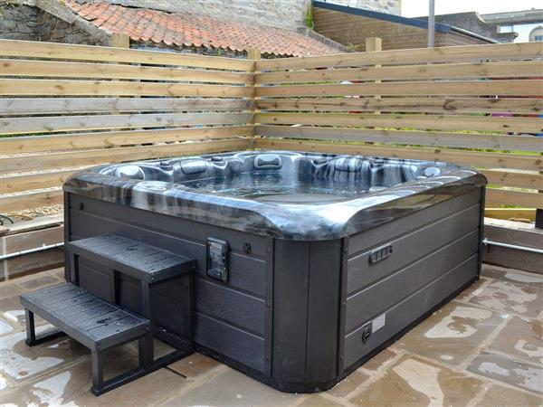 Seafield Street, Cullen, near Buckie, Moray, Banffshire with hot tub
