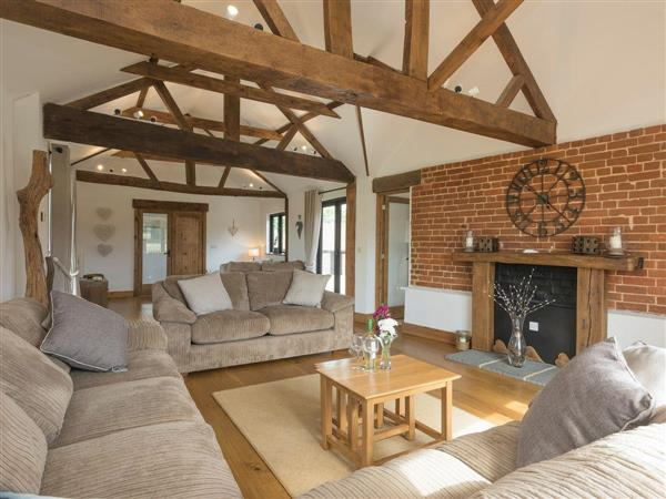 Summer House Stables, Catfield, near Stalham, Norfolk with hot tub