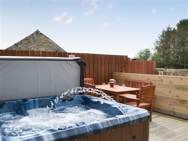 The Arches, Longdyke, near Morpeth, Northumberland with hot tub