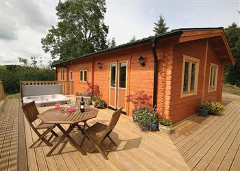 The Larches, Montgomery, Powys with hot tub