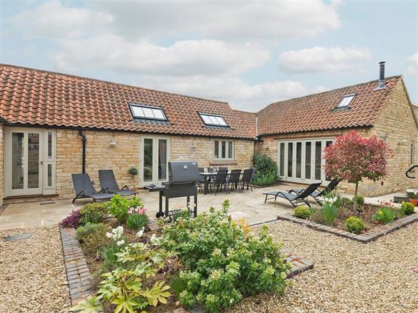 The Stables, Aisby, near Grantham, Lincolnshire, Eastern England with hot tub