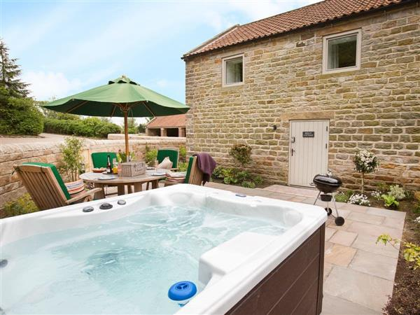Thirley Cotes Farm Cottages - Holly Cottage, Harwood Dale, near Scarborough, Yorkshire, North Yorkshire with hot tub