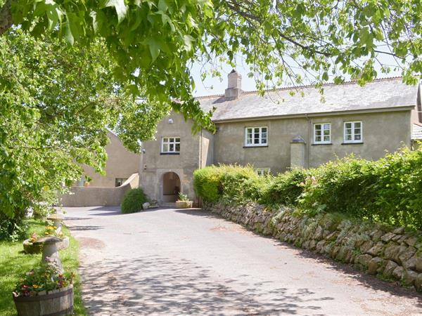 Twelve Oaks Holiday Cottages - Twelve Oaks Farmhouse, Devon