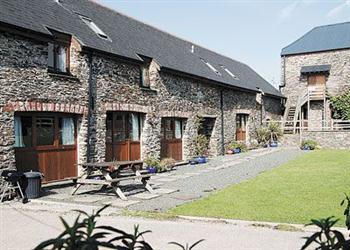 Wheeldon Farm Adventure Cottages - Poppy, Halwell, nr. Totnes, Devon