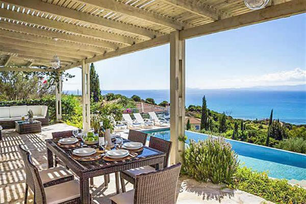 Mounda Beach Villa, Skala, Kefalonia With Swimming Pool