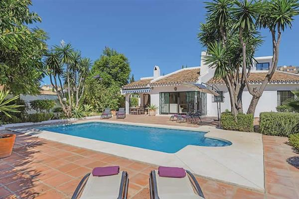 Villa Al Andaluz, Mijas, Costa del Sol With Swimming Pool
