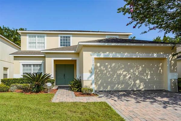 Villa Eagle, Disney Area and Kissimmee, Orlando - Florida With Swimming Pool