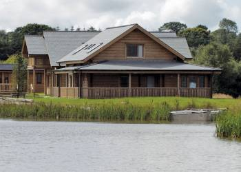 Celtic Lake Lodges, Lampeter