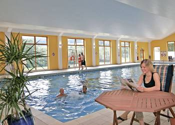 Premier Country Lodge Four VIP, Paignton, Devon with hot tub